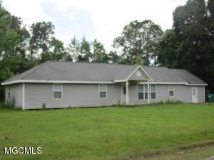 4251 Victoria Ln, Biloxi, MS 39532