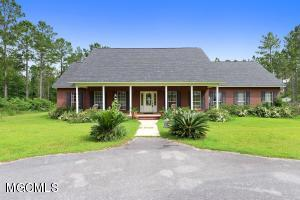 1114 Marshall Smith Rd, Lucedale, MS 39452