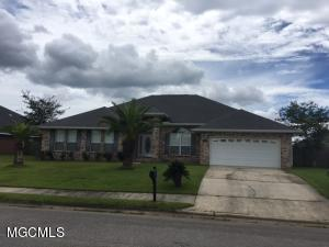 15313 Haversham Pl, D'Iberville, MS 39540