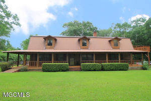 1192 River Rd, Lucedale, MS 39452