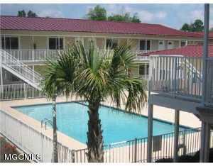 1664 Beach Blvd 105, Biloxi, MS 39531