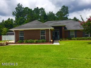 15757 S Fork Dr, Gulfport, MS 39503