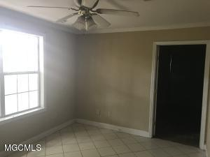 Photo #5 of 833 30th St, Gulfport, MS 39501