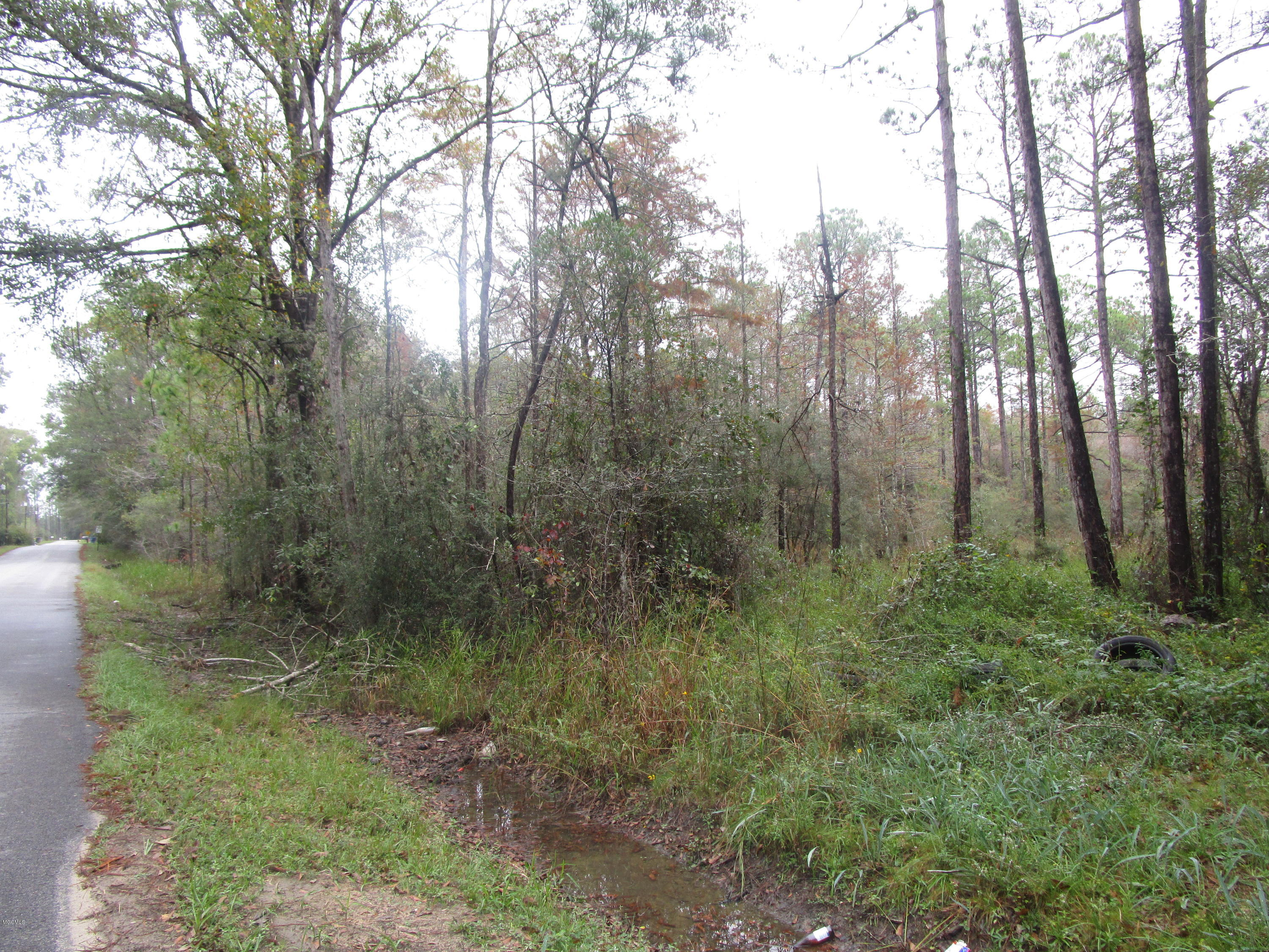 7107 Nutbank Rd, Moss Point, Mississippi 39562, ,Comm/Industrial,For Sale,Nutbank,340866