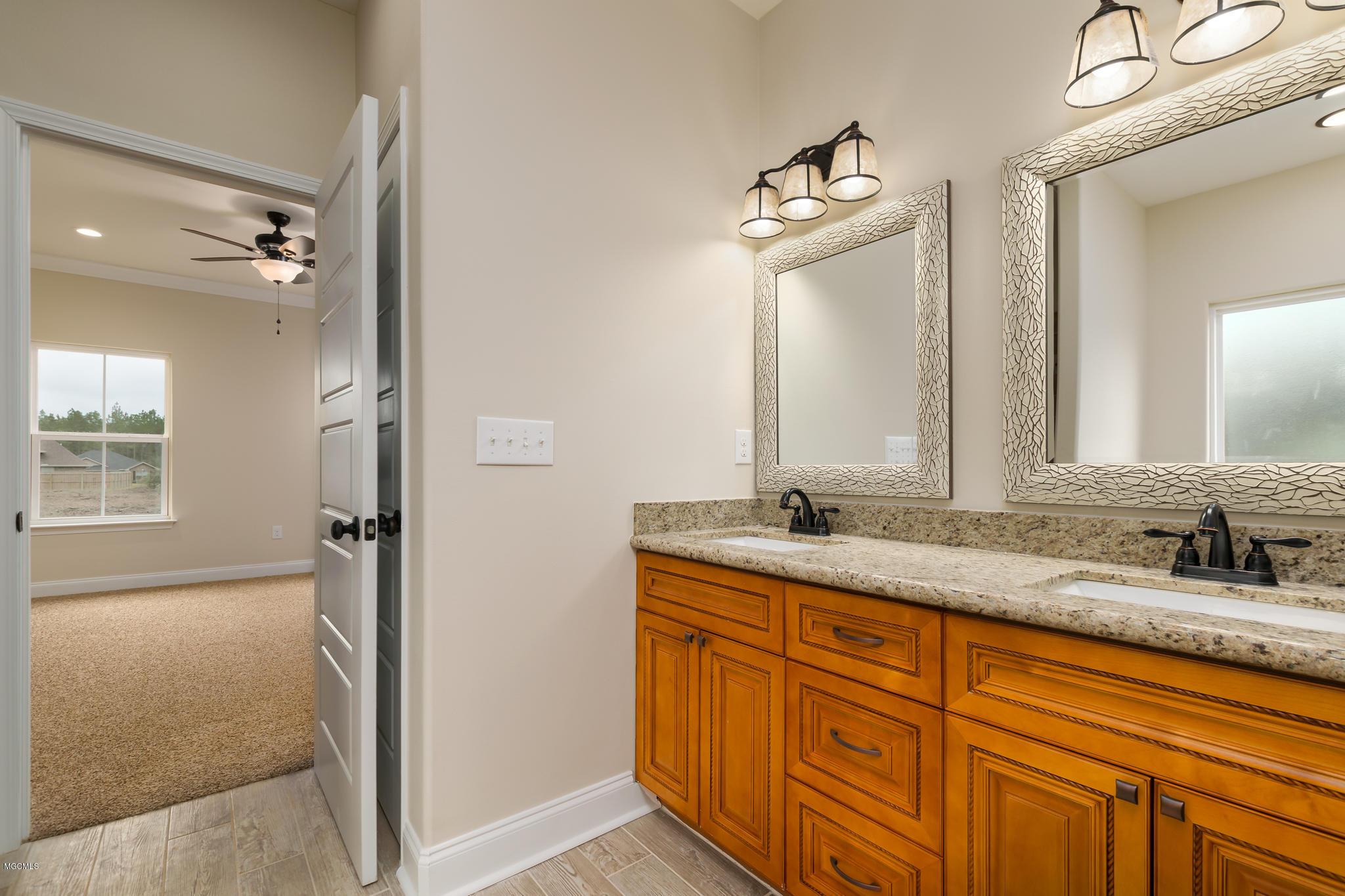 21660 Sandstone Ln, Gulfport, Mississippi 39503, 3 Bedrooms Bedrooms, ,2 BathroomsBathrooms,Single-family,For Sale,Sandstone,340877
