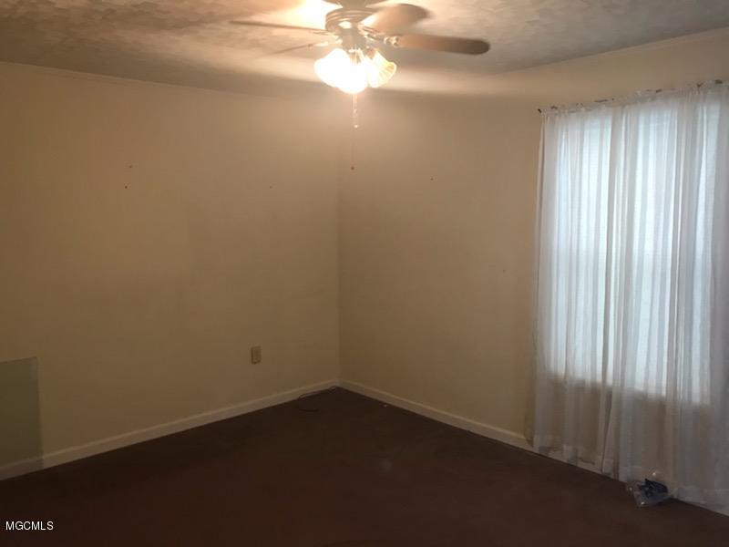 2302 11th St, Pascagoula, Mississippi 39567, 2 Bedrooms Bedrooms, ,1 BathroomBathrooms,Rental,For Sale,11th,340903