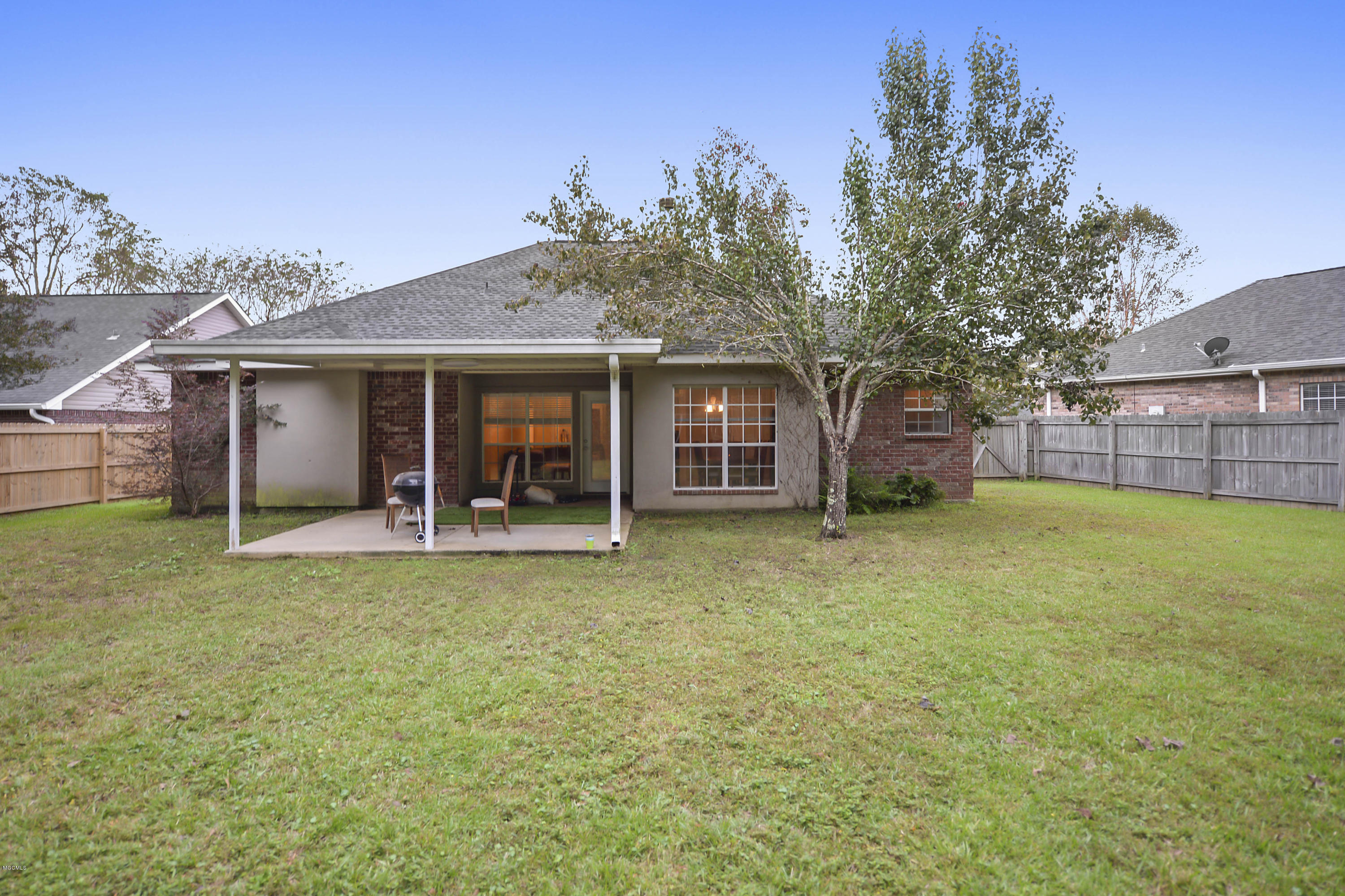 13362 Carriage Cir, Gulfport, Mississippi 39503, 4 Bedrooms Bedrooms, ,2 BathroomsBathrooms,Single-family,For Sale,Carriage,340907