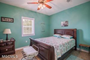 Photo #9 of 11210 Shore Dr, Bay St. Louis, MS 39520