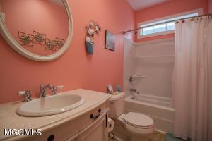 Photo #12 of 11210 Shore Dr, Bay St. Louis, MS 39520