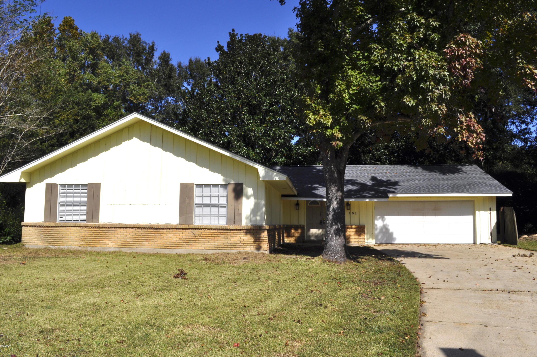 131 La Branche Ave, Ocean Springs, Mississippi 39564, 3 Bedrooms Bedrooms, ,3 BathroomsBathrooms,Single-family,For Sale,La Branche,341156