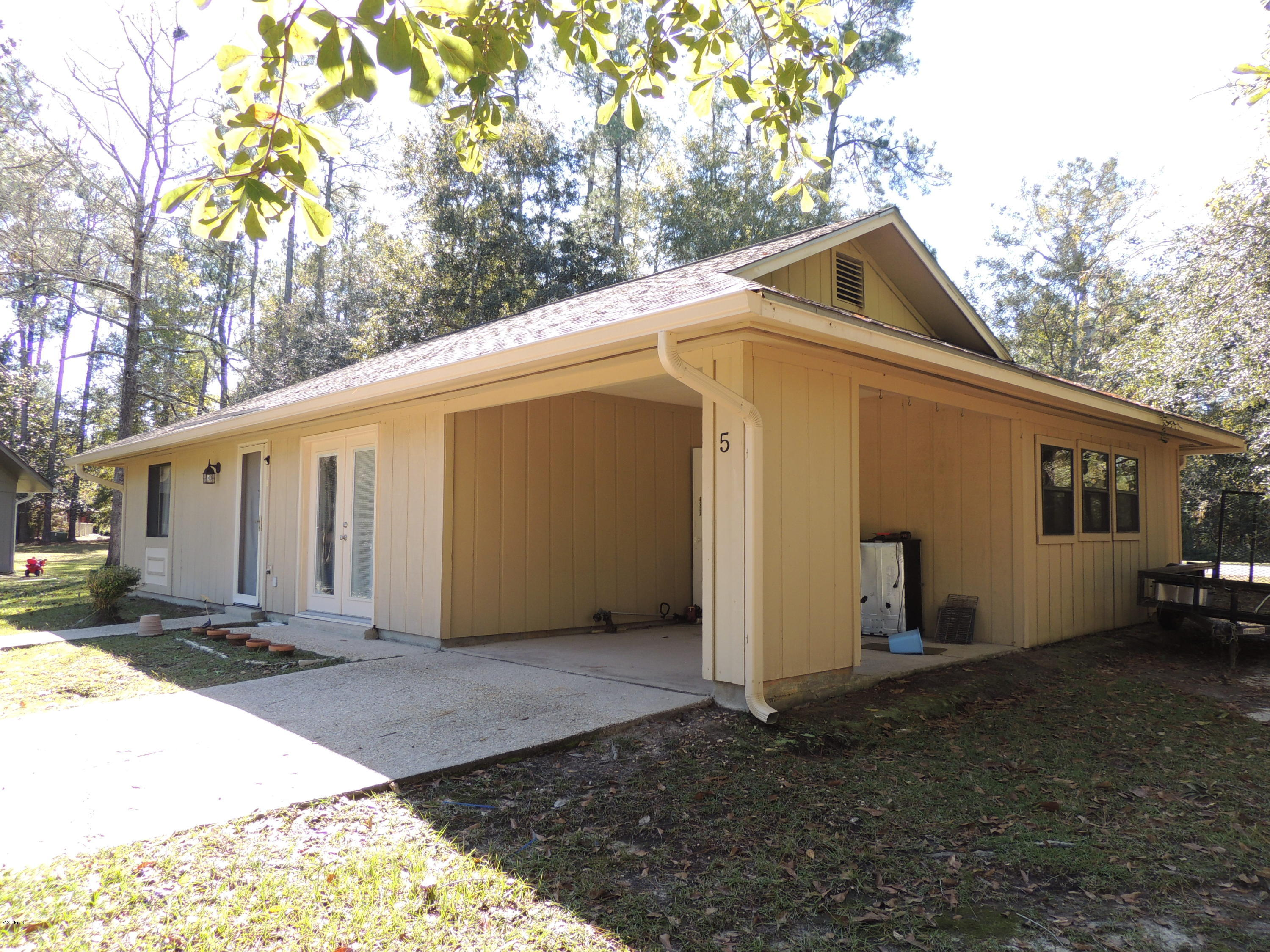5 Timber Park, Diamondhead, Mississippi 39525, 3 Bedrooms Bedrooms, ,2 BathroomsBathrooms,Single-family,For Sale,Timber Park,341149