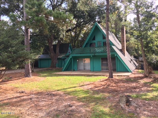 5584 Diamondhead Dr, Diamondhead, Mississippi 39525, 3 Bedrooms Bedrooms, ,2 BathroomsBathrooms,Single-family,For Sale,Diamondhead,341159