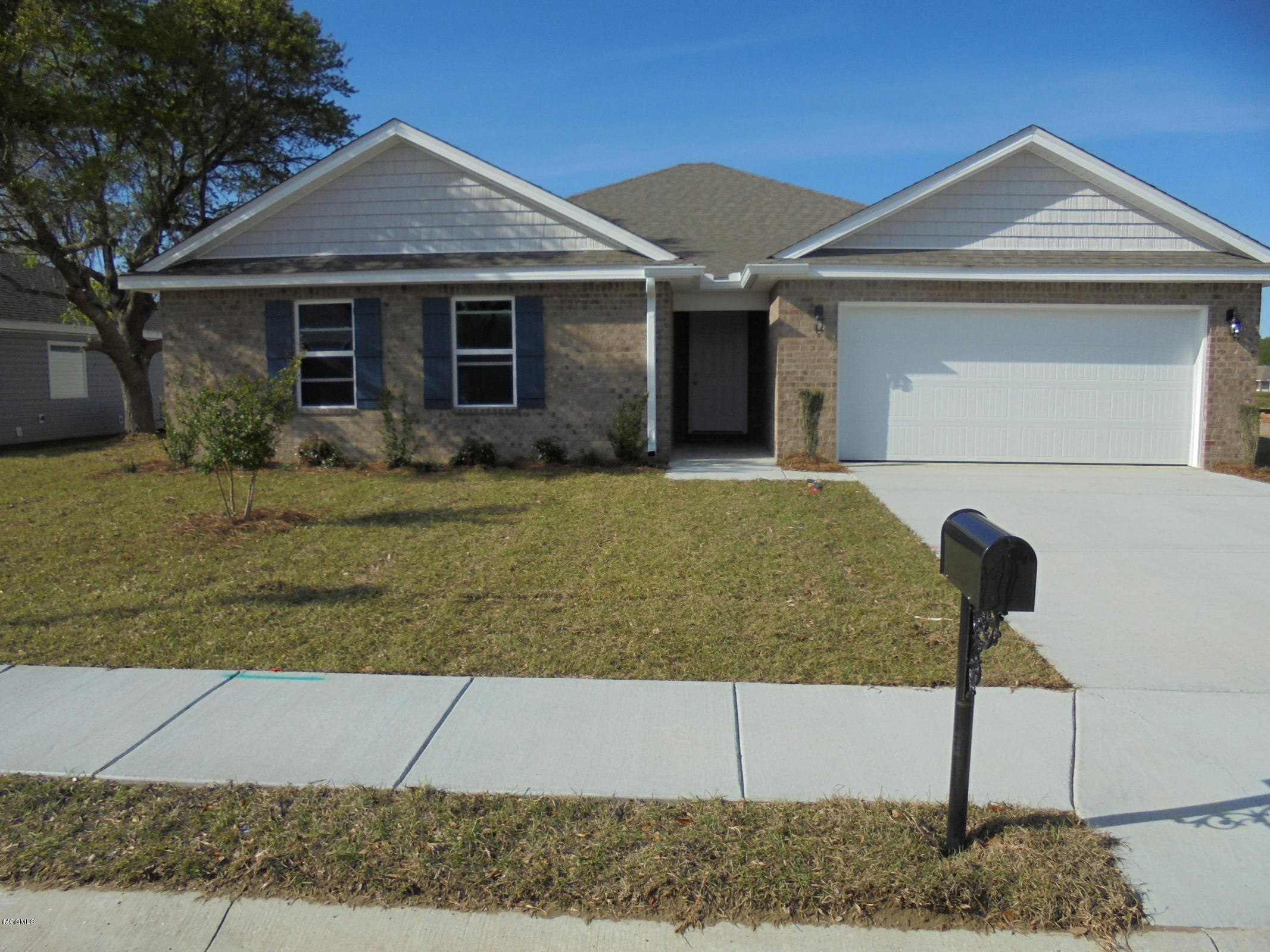 212 Lantana Blvd, Long Beach, Mississippi 39560, 4 Bedrooms Bedrooms, ,2 BathroomsBathrooms,Single-family,For Sale,Lantana,341161