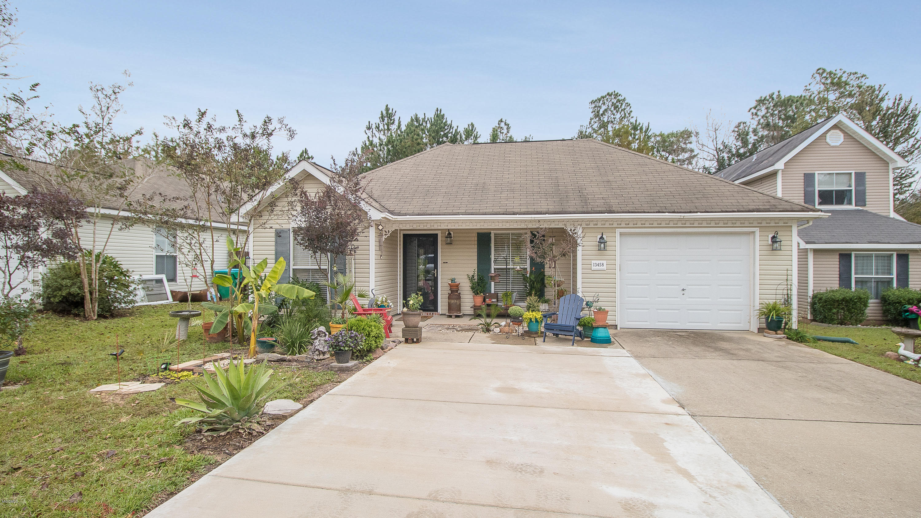 13458 Addison Ave, Gulfport, Mississippi 39503, 3 Bedrooms Bedrooms, ,2 BathroomsBathrooms,Single-family,For Sale,Addison,341162