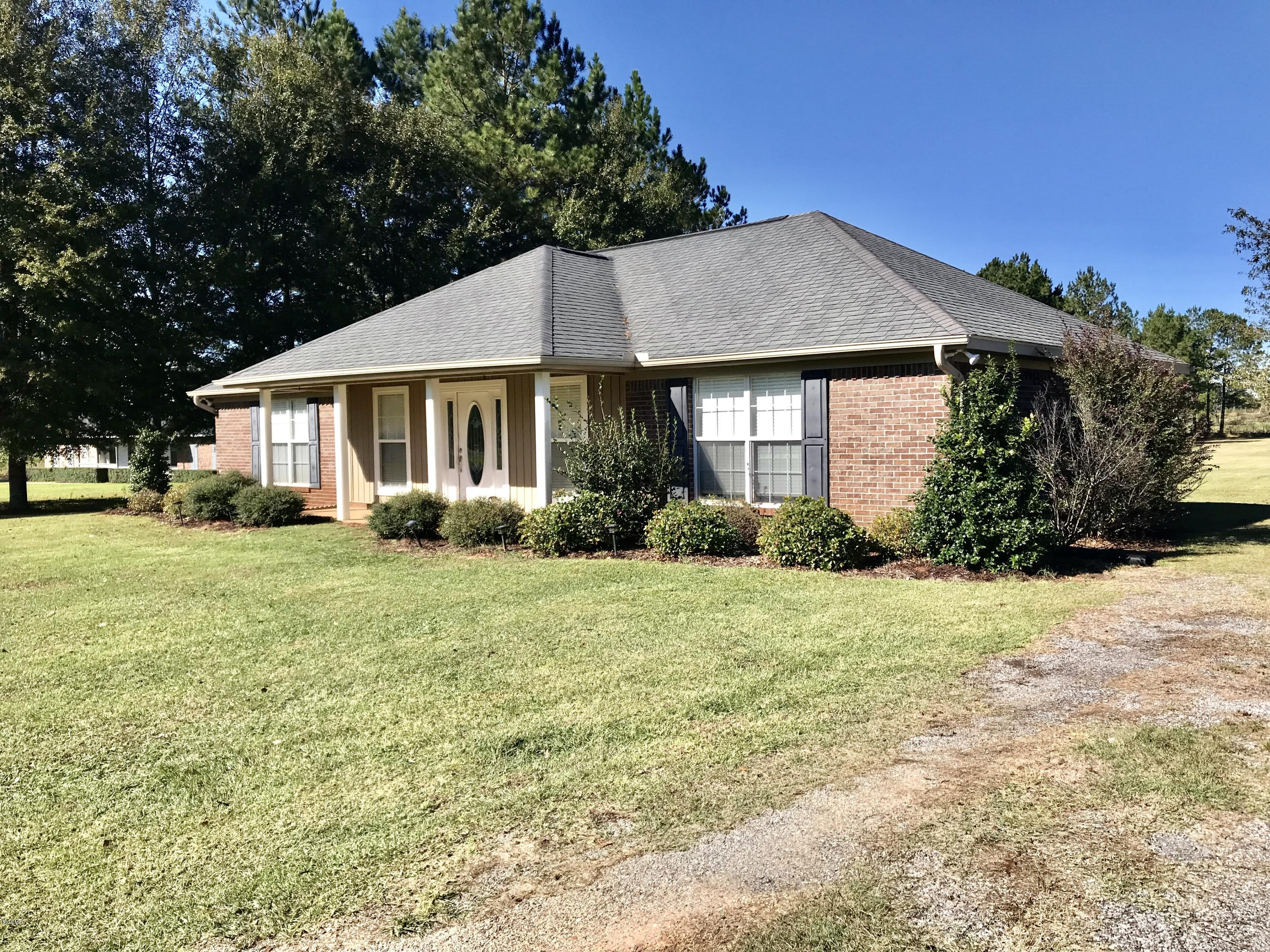 1164 Lloyd Eubanks Rd, Lucedale, Mississippi 39452, 3 Bedrooms Bedrooms, ,2 BathroomsBathrooms,Single-family,For Sale,Lloyd Eubanks,341164