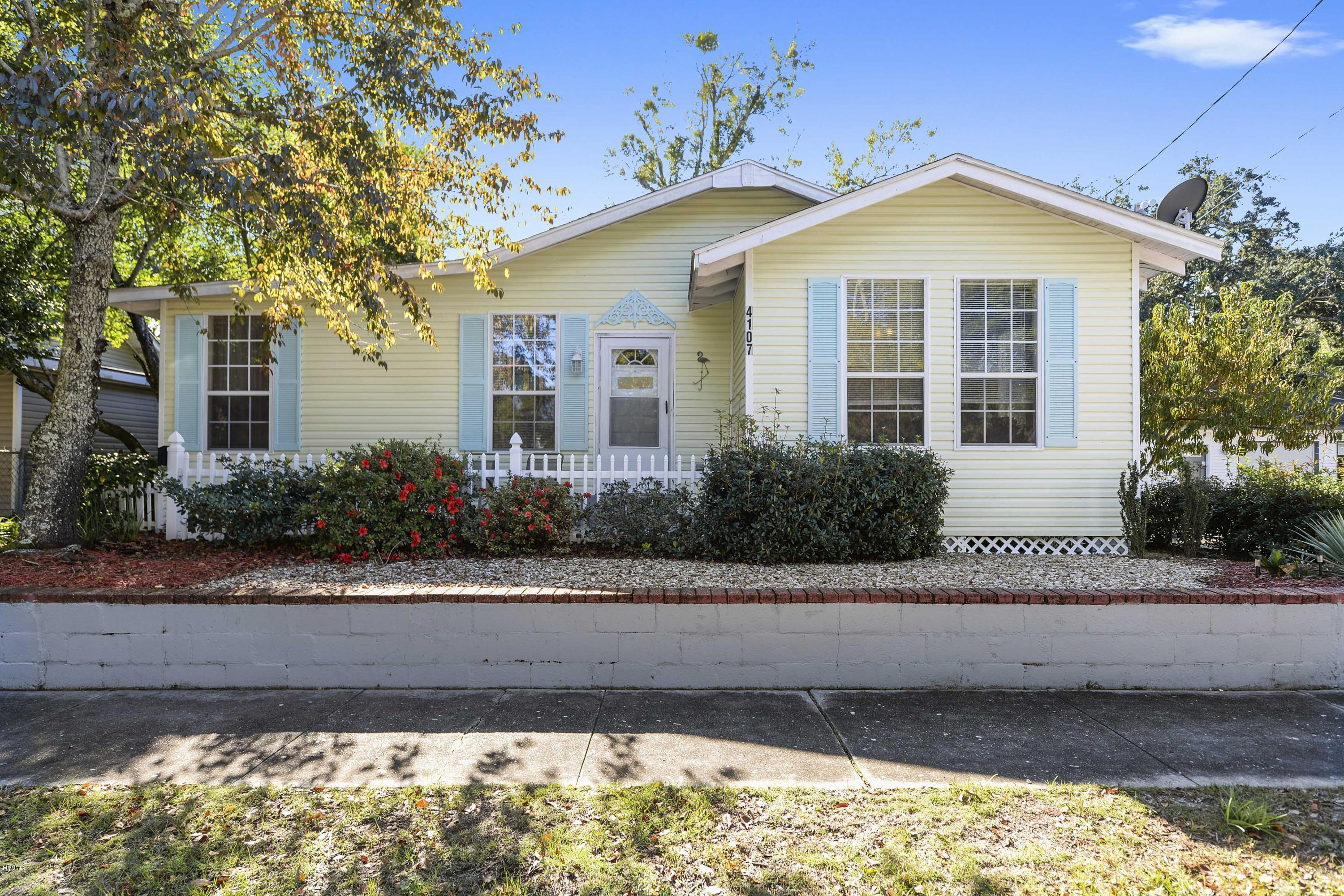 4107 9th St, Gulfport, Mississippi 39501, 3 Bedrooms Bedrooms, ,2 BathroomsBathrooms,Single-family,For Sale,9th,341150