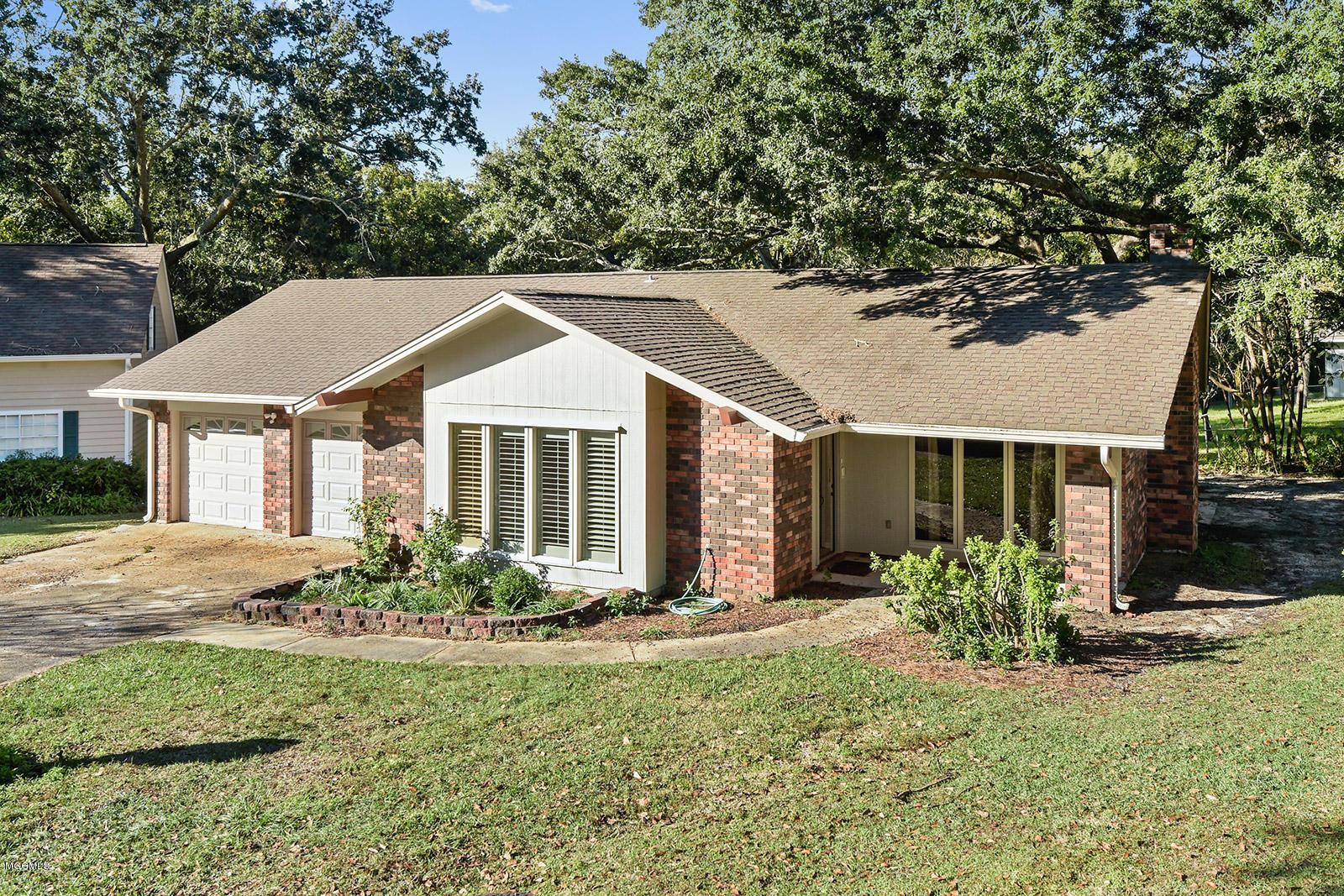 3 Hanging Oak Cir, Gulfport, Mississippi 39507, 3 Bedrooms Bedrooms, ,2 BathroomsBathrooms,Single-family,For Sale,Hanging Oak,341179