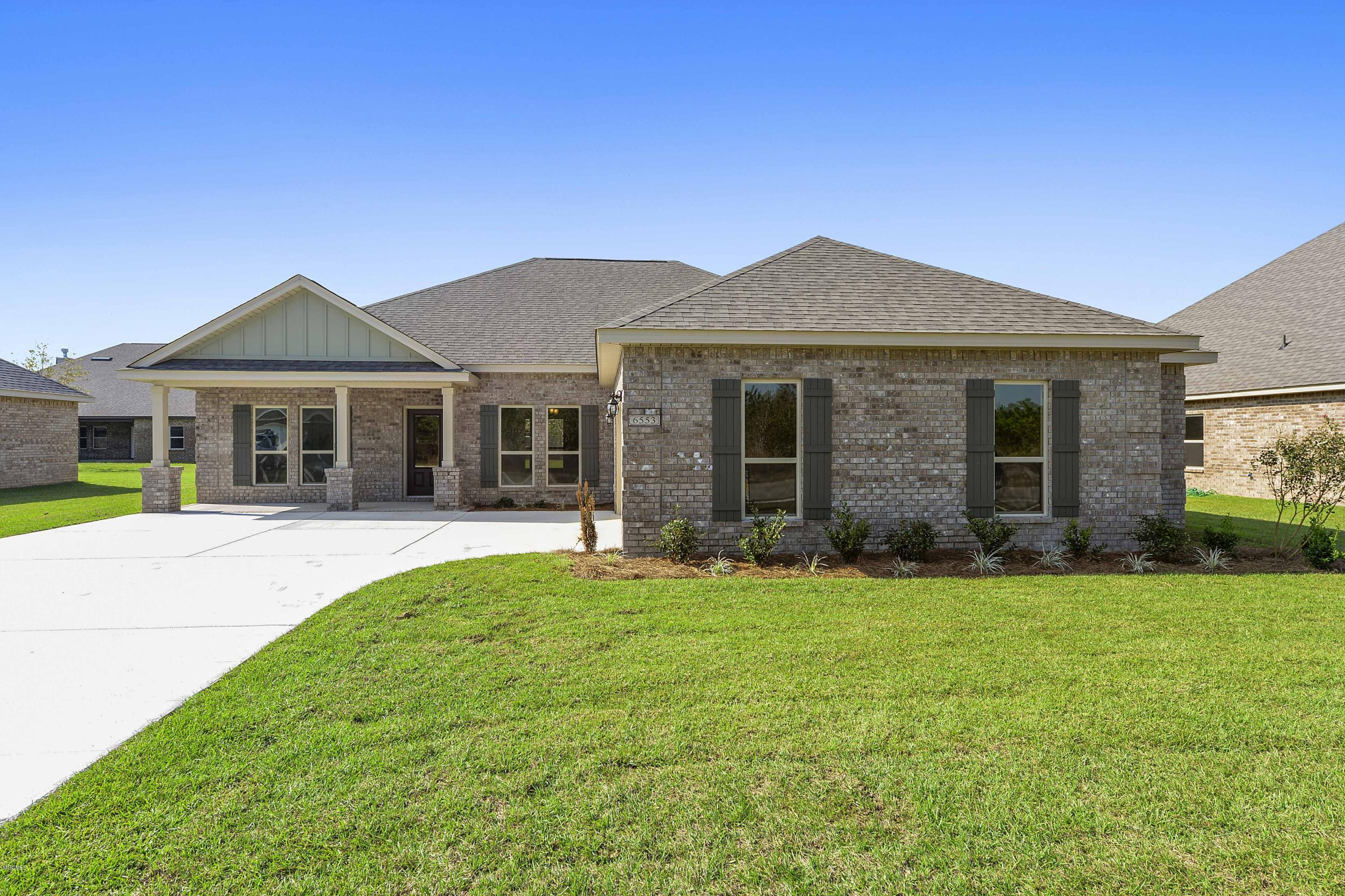 6404 Chickory Way, Ocean Springs, Mississippi 39564, 4 Bedrooms Bedrooms, ,3 BathroomsBathrooms,Single-family,For Sale,Chickory,342054