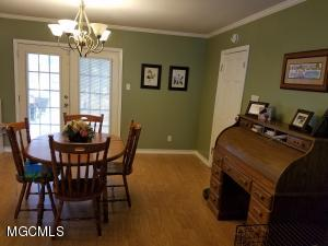 Photo #8 of 129 Edmund Dr, Long Beach, MS 39560