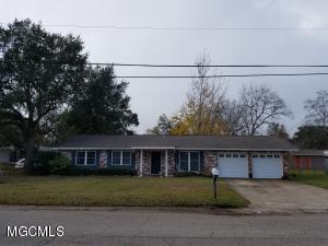Photo #14 of 129 Edmund Dr, Long Beach, MS 39560