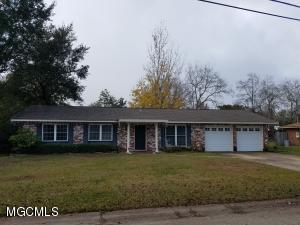 Photo #1 of 129 Edmund Dr, Long Beach, MS 39560