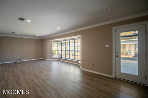 Photo #7 of 510 Red Oak Dr, Gulfport, MS 39507