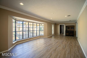 Photo #8 of 510 Red Oak Dr, Gulfport, MS 39507