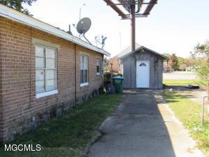 Photo #12 of 8107 Alabama Ave, Gulfport, MS 39501