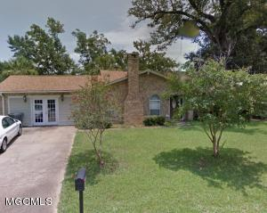Photo #1 of 2020 Old Oaks Dr, Gautier, MS 39553