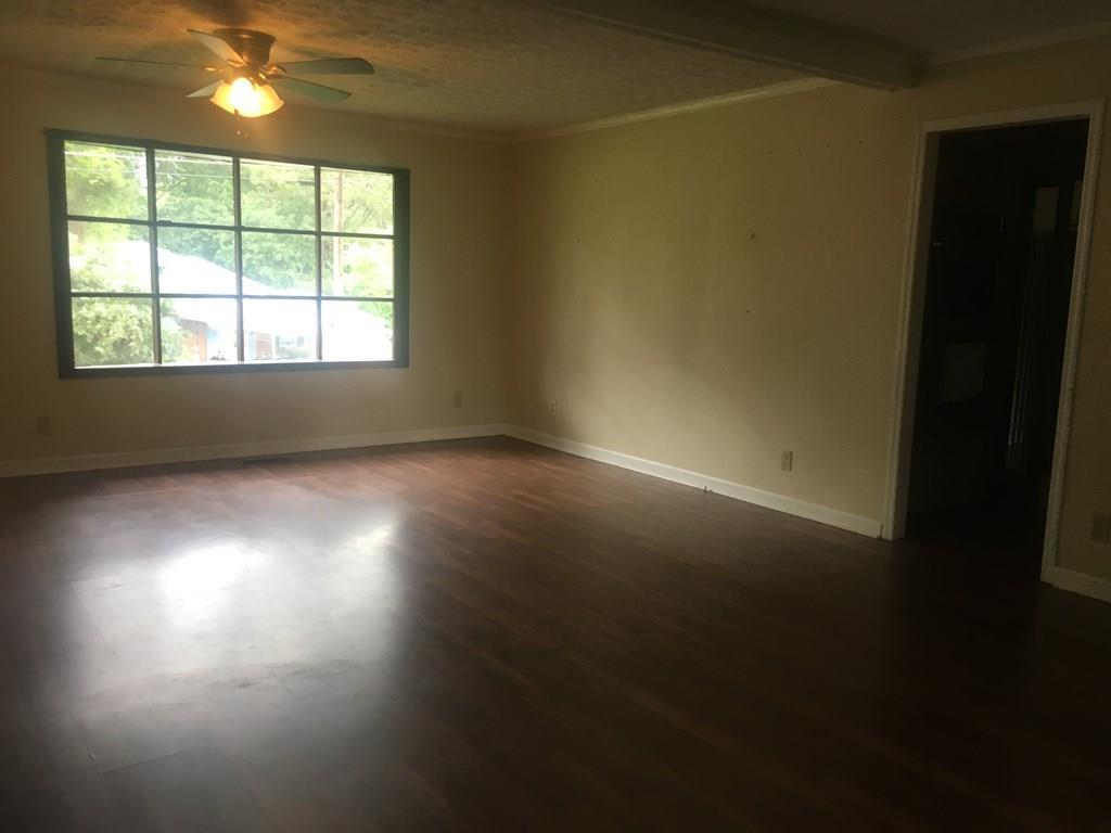 402 Oak Ridge , Byron, GA 31008