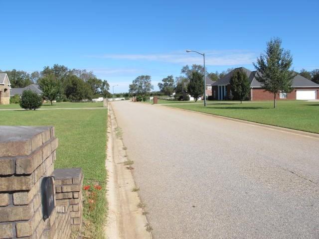 140 Pecan Landings Drive, Fort Valley, GA 31030