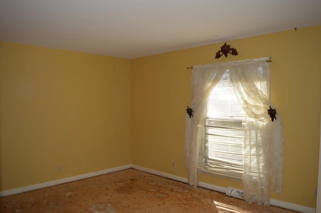 139 Pinewood Drive, Gray, GA 31032
