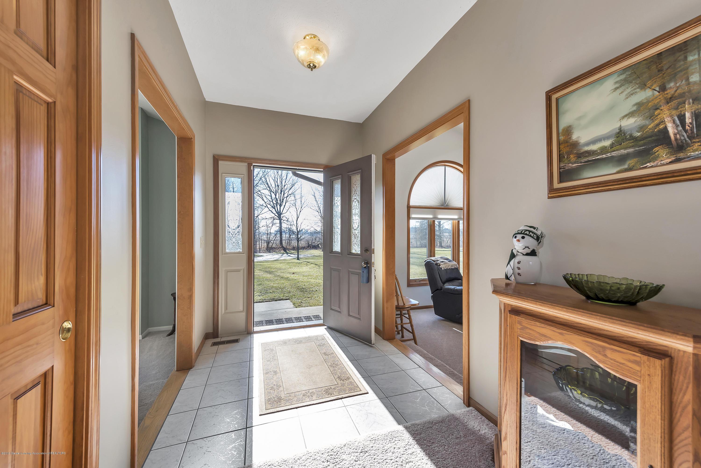 Front Hallway:  8558 Ironstone Drive