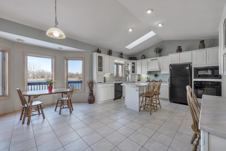 Kitchen:  8558 Ironstone Drive