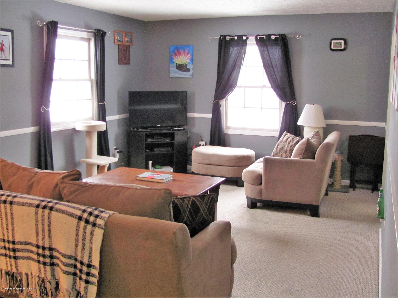 Living room:  1180 Porter Drive
