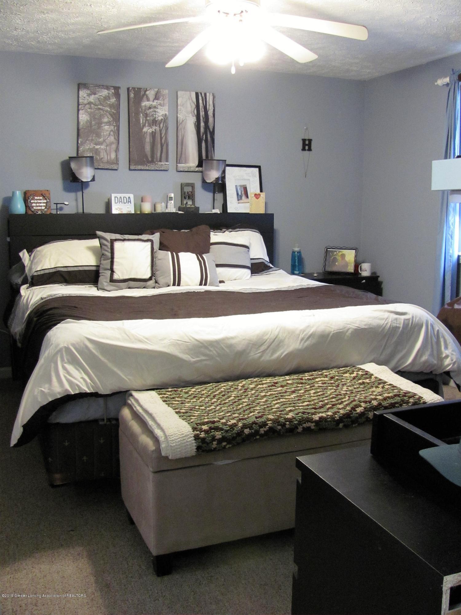 Master bedroom:  1180 Porter Drive