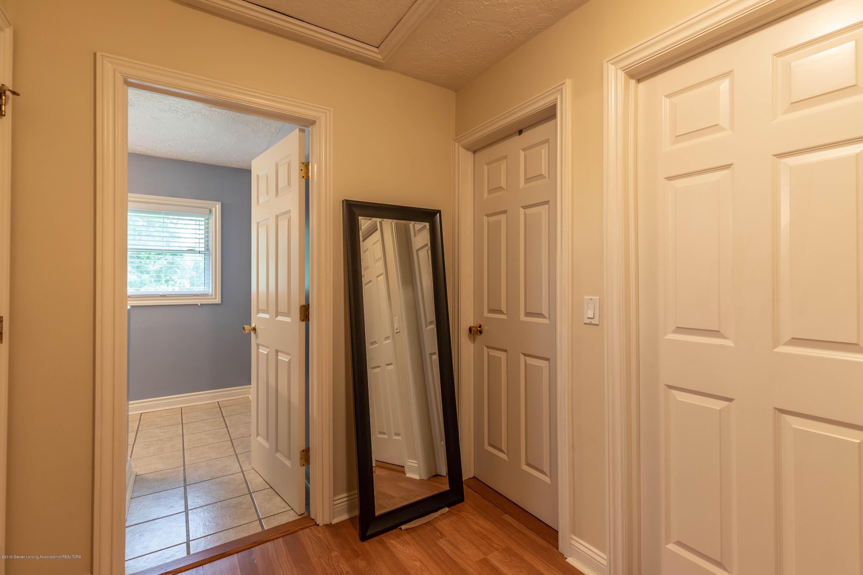 Hallway:  5190 W South County Line Road