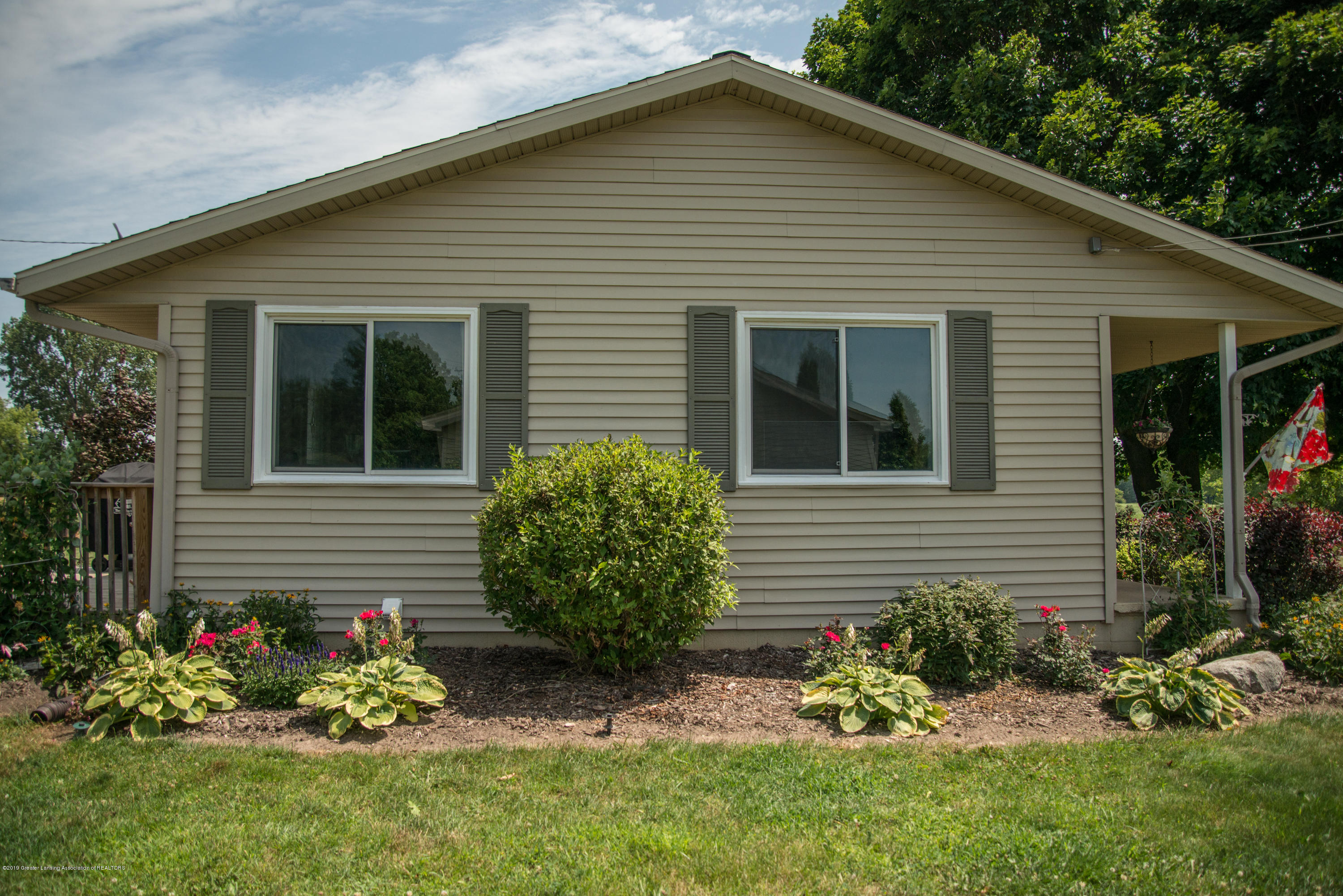 Side of home:  5190 W South County Line Road
