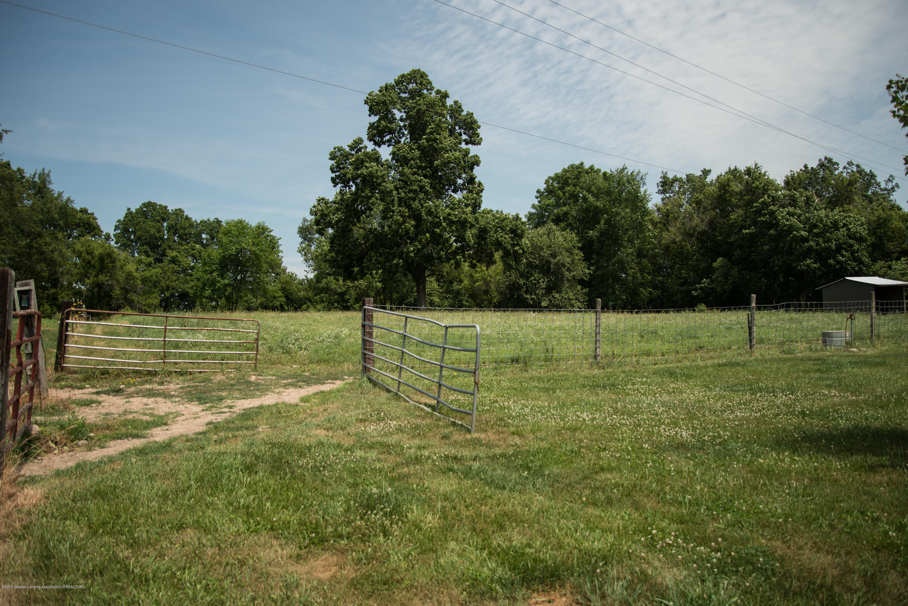 Fenced land for horses:  5190 W South County Line Road