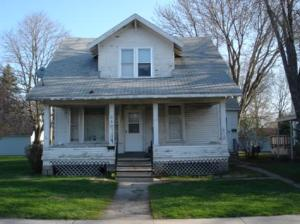 240 Vine Street E, OWATONNA, 55060, MN