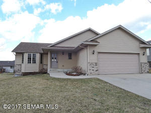 726  Willowbrook NE Street, OWATONNA