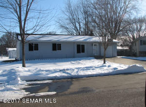 725  15th NE Street, OWATONNA