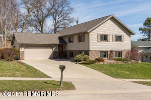 4003  Manorwoods NW Drive, ROCHESTER