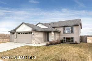 5817  Harvestview NW Drive, ROCHESTER