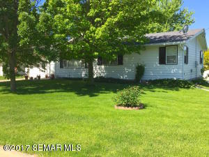 402  Independence S Avenue, CLARKS GROVE