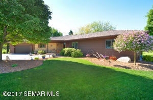 955  Olympic Hills NE Place, OWATONNA