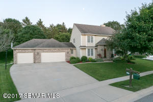 1034  Foxcroft SW Circle, ROCHESTER