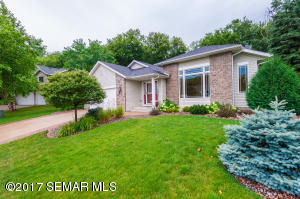 5453  Nicklaus NW Drive, ROCHESTER