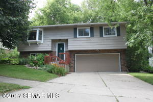 4015  Manor Woods NW Drive, ROCHESTER