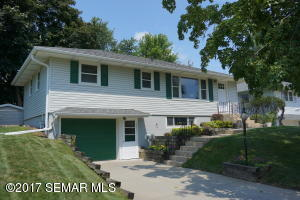 2211  18th NW Street, ROCHESTER